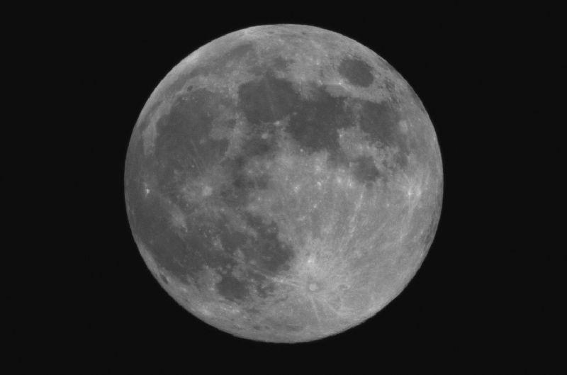 Topic de nuit : de 00h a 6h - Page 3 Pleine_lune_15_11_05